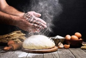 Die Bosch Küchenmaschine unterstützt beim Kneten von Brotteigen