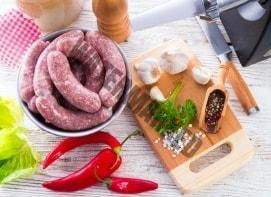 Wurst selber herstellen mit einer Küchenmaschine mit Fleischwolf
