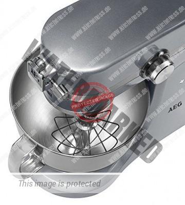 AEG Küchenmaschine UltraMix KM 4700 von oben