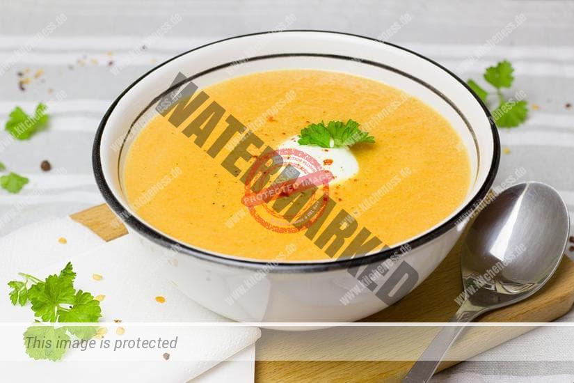 Suppe aus Stabmixer