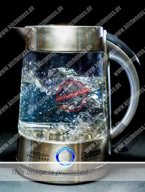Wasserkocher im Einsatz