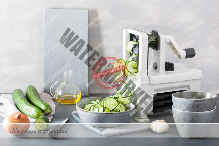 Mechanischer Spiralschneider für Obst und Gemüse Test und Vergleich